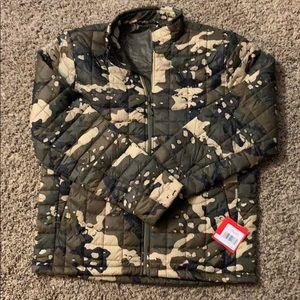 Men's Northface camp jacket